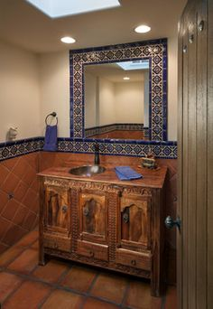 Carefree Homestead Renovation - Mediterranean - Powder Room - Phoenix - by Theresa Franklin, ASID Spanish Bathroom, Spanish Style Bathrooms, Spanish Style Homes, Hacienda Decor, Hacienda Style Homes, Mexican Interior Design, Bathroom Interior Design, Bad Styling, Mexican Home Decor