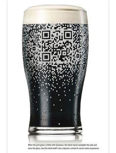 La chope de bière communiquante
