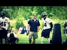 Rocky Seto's unique coaching role with the Super Bowl Champion Seattle Seahawks is fueled by his commitment to Jesus Christ. Football Youtube, 12th Man, Seattle Seahawks, Role Models, Super Bowl, Coaching, Champion, Russell Wilson, Faith