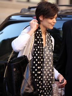Pixie Lookbook: Katie Holmes wearing Pixie (3 of 5). Katie's textured cut is fun and easy to manage.