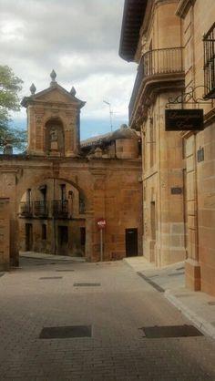 Labastida, en Octubre huele a uva y viñedo. La Rioja Alavesa