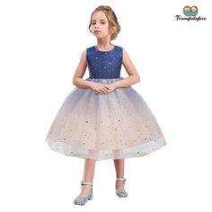 Grande superbe robe de soirée et chaussures pour vous petite-fille Anniversaire Carte de vœux