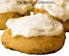 Pumpkin Cookies with Cream Cheese Frosting (The World's Best!) Pumpkin Cookies with Cream Cheese Frosting (The World's Best! Iced Pumpkin Cookies, Pumpkin Dessert, Pumpkin Bread, Cheese Pumpkin, Canned Pumpkin, Cinnamon Cookies, Pumpkin Tarts, Cinnamon Biscuits, Cake