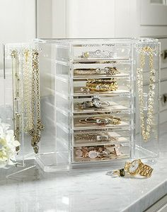 Made of heavyweight acrylic, the Vivienne Jewelry Chest with Necklace Keeper provides ample room for your favorite jewelry.