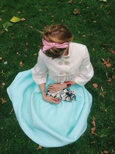 Paris, the beautiful nymphashion blogger, and a SoSo Glam clutch. So romantic!
