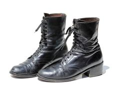 Vintage Women's Black Leather Chunky Heel Ankle Boots /