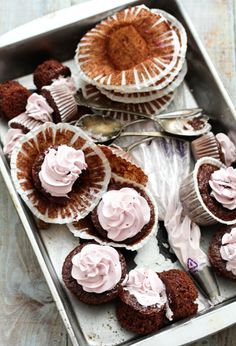 Blackberry Cabernet Cupcakes (Dallas Buyers Club)