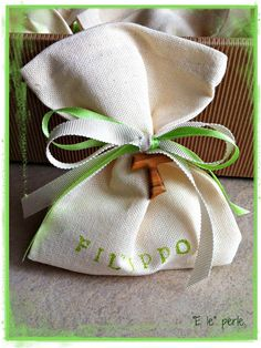green favors