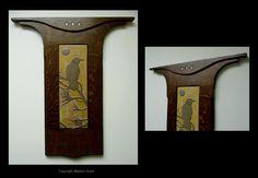 Crow_In_Pine_Tree_With_Moon_Framed_Tile_Wheatfield_Glaze_FumedFinish_MiniTileGems.jpg (1080×747)
