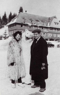 Sylvia Bataille and Jacques Lacan with a Polar Bear. Sigmund Freud, Men Of Letters, Anthropologie, The Lives Of Others, Polar Bear, The Twenties, Attitude, Fur Coat, Germany