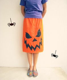 Upcycled T Shirt Skirt / Halloween Orange Black / Scary by ohzie