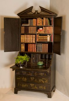 English Georgian Black Lacquer with Chinoiserie Secretary | From a unique collection of antique and modern secretaires at https://www.1stdibs.com/furniture/storage-case-pieces/secretaires/