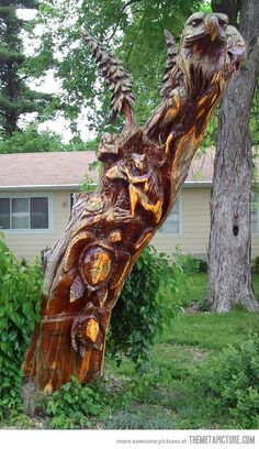 Funny pictures about Awesome Tree Carving. Oh, and cool pics about Awesome Tree Carving. Also, Awesome Tree Carving photos. Land Art, Jardin Decor, Tree Carving, Carving Wood, Wood Carvings, Art Carved, Tree Sculpture, Wood Creations, Wooden Art