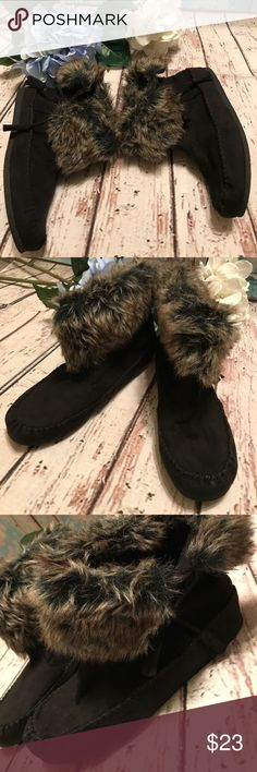 Madden Girl Faux Fur Tasseled Short Boots Madden Girl Faux Fur Tasseled Short Boots Size 7.5 New without tags Pristine and unworn Madden Girl Shoes Ankle Boots & Booties