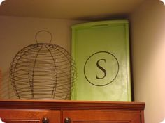 Thrifty Decor Chick: Above the cabinets