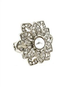 $13 Beautiful flowers in bloom this season!   Grab this cocktail ring featuring center pearl jewel.