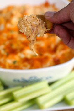This is the best Buffalo Chicken Dip 5 ingredient recipe for your next party. Creamy, cheesy and tastes like buffalo chicken wings dipped in ranch dressing. Buffalo Chicken Wing Dip, Buffalo Chicken Nachos, Buffalo Chicken Dip Recipe, Chicken Dips, Buffalo Dip, Chicken Recipes, Party Dip Recipes, Appetizer Recipes, Appetizers