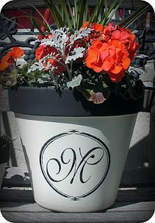 Painted monogram pot! This would be so fun to put a house number on and place on the front porch. #monogram