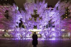 Ai Weiwei's Forever Bicycles Reconfigured in Toronto using Bikes. World-renowned Chinese artist and activist Ai Weiwei will exhibit a new edition of his Forever Bicycles sculpture in Toronto's Nathan Philli. Ai Weiwei, Festival D'art, Art Du Monde, Art Chinois, Marcel Duchamp, Colossal Art, Bicycle Art, Light Art, Public Art
