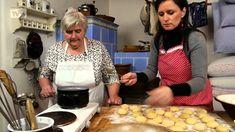TVS: Špetka Slovácka - Koblížky (9. díl) Tvs, Bread, Breakfast, Youtube, Food, Morning Coffee, Brot, Essen, Baking