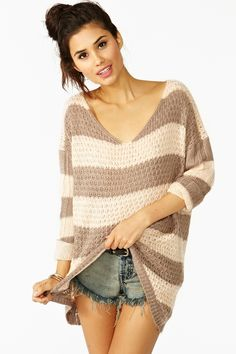 Sunday Stripe Knit    Lose the shorts, add leggings, ankle boots and some gold bangles and you have the perfect fall outfit!
