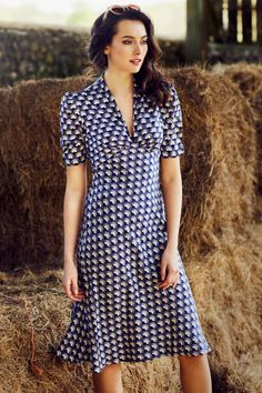 Mabel Fan Print Dress #vintage #vintagestyle #1940s #fabulousforties #forties #dress #prettyeccentric #summer2017 #retro