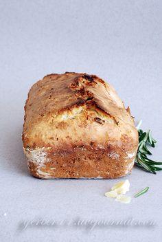 Закусочный хлеб-кекс с пармезаном и розмарином.- Snack-cake bread with parmesan and rozmarin - (Russian)