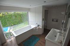 bathroom with integrated steam bath / steam shower ## Bad mit integrierter Dampfdusche