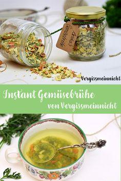 Leckere selbst zubereitete Instant Gemüsebrühe mit einem Dörrgerät getrocknet. Sehr gesund und sehr lecker.