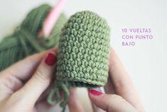 How to make an Amigurumi cactus step by step - vip photography Crochet Animal Patterns, Crochet Patterns Amigurumi, Crochet Dolls, Crochet Stitches, Crochet Cactus, Love Crochet, Diy Crochet, Cactus E Suculentas, Patron Crochet