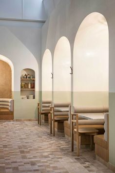 OGGI by Studio Gram | banquette seating | restaurant alcoves | booth seating