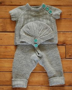 wool knit outfit from knitsiebitsie