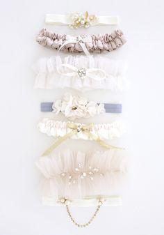 wedding garter handmade by sarakim
