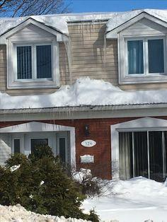 Montreal, Garage Doors, Winter, Outdoor Decor, Home Decor, Homemade Home Decor, Interior Design, Home Interiors, Decoration Home