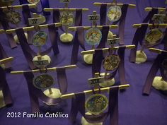 Catholic Family: Crafts: Stations of the Cross with ribbons craft sticks.