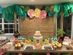 Jennifer R's Birthday / Moana - Photo Gallery at Catch My Party Aloha Party, Hawai Party, Moana Party, Moana Themed Party, Hawaiian Birthday, Luau Birthday, 6th Birthday Parties, Moana Birthday Party Ideas, Birthday Ideas