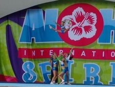 everyone loves re- living that moment you hit the stage #queenslandspirit #juniorteam #9to14 #lovemyflyer