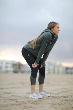 A Runner Shares Her Path to the Olympics—Plus, the Only Shoes She Trains In Source by theeverygirl clothes Girl Running, Running Women, Best Shoes For Running, Cute Running Clothes, Cute Running Outfit, Running Outfits, Running Style, Running Wear, Running Clothing