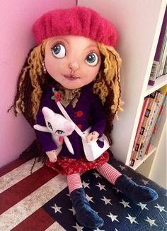 Mery-Jane / Sarah Emu, Disney Characters, Fictional Characters, Dolls, Disney Princess, Handmade, Stuff To Buy, Baby Dolls, Hand Made