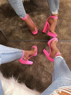 Boots are actually stylish and there is broad option from flat-heels to stilettos, wedges, and platforms, boots are everything in between. Hot Pink Heels, Cute Heels, Pink Heels Outfit, Pink High Heels, Dream Shoes, Crazy Shoes, Stilettos, Stiletto Heels, Heeled Boots