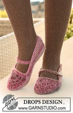 "Crochet slippers in ""Delight"" and ""Kid-Silk"" by DROPS design"