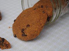 chocolate-flecked pumpkinseed cookies #glutenfree & #vegan