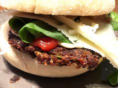 Heta chilipeppar och bönburgare Hamburger, Chili, Beef, Ethnic Recipes, Food, Meat, Chile, Essen, Burgers