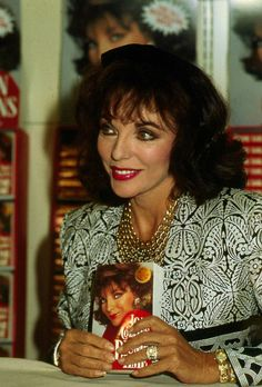 October 1989  Joan at a book signing in Glasgow