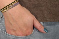 Handgemaakt weef armbandje paars met 24 karaats gold plated
