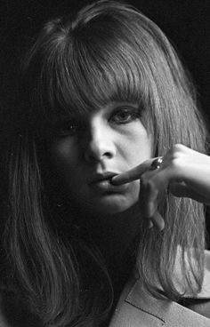 Chrissie Shrimpton is perfect Chrissie Shrimpton, Jean Shrimpton, Twist And Shout, Lady And Gentlemen, Rolling Stones, Be Perfect, Gentleman, The Past, Classy