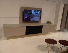 Coesel collection, Cobra programma met Hifi oplossing en TV wand gepresenteerd op de meubelbeurs in Brussel 2015