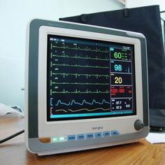 All-round monitor of adult, pediatric and neonatal, suits all ages - Medical Equipment 12.1 inch 6 Parameters Patient Monitoring/Patienten Monitor just only £609.99  at www.iotadental.co.uk.