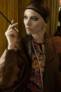 Photo by @enzoorlando Style by @charlottemsellati Model Elena @silentparis #fashion #editorial #vintage