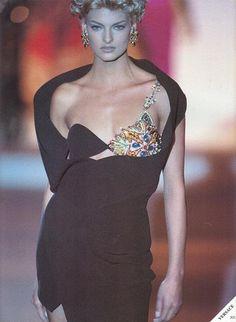 Versace 1991 Model : Linda Evangelista